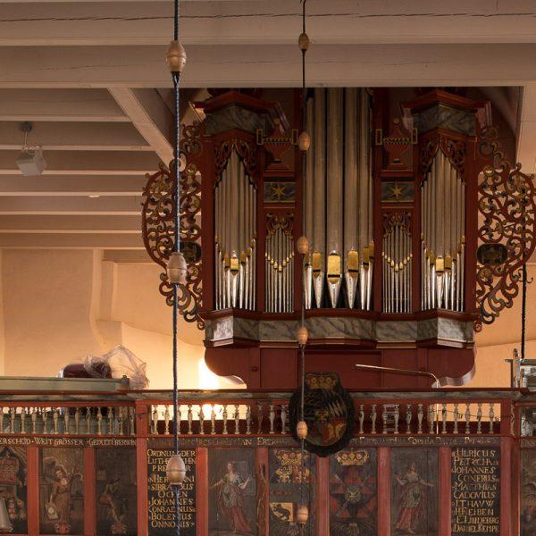 Orgel der Kirche
